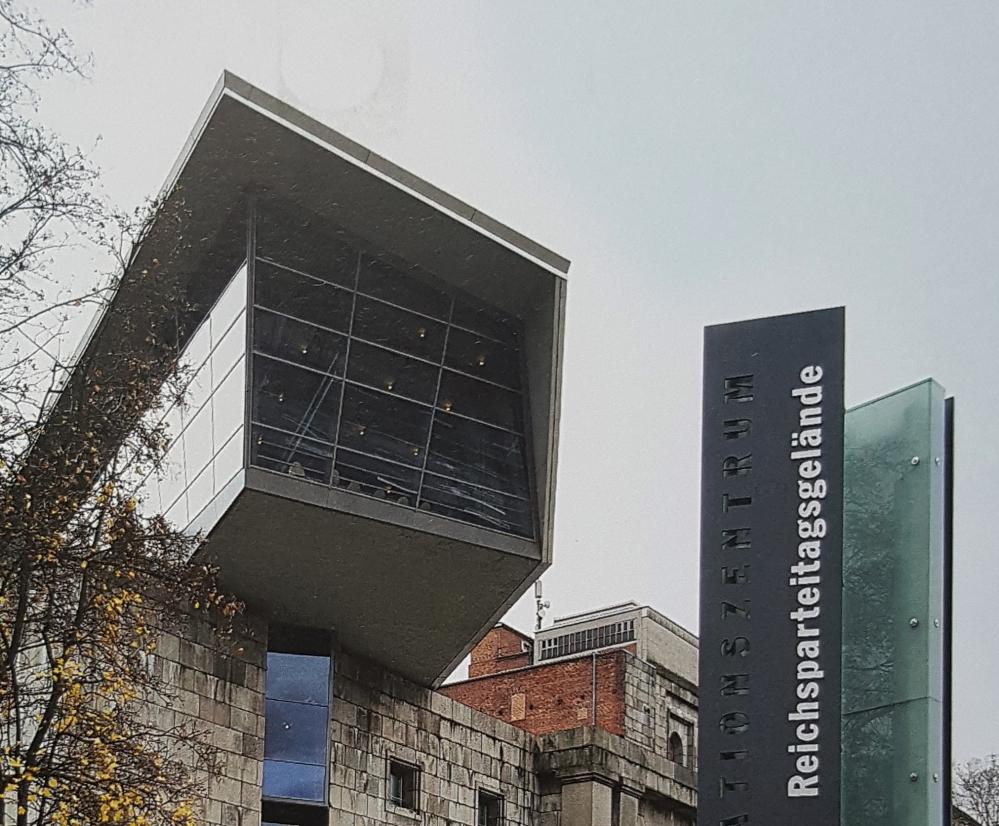 """Beim Querschrift-Workshop zum Thema """"Technik im Museum"""" sind Technikjournalismus-Studierende in Nürnbergs Museen auf Spurensuche gewesen."""