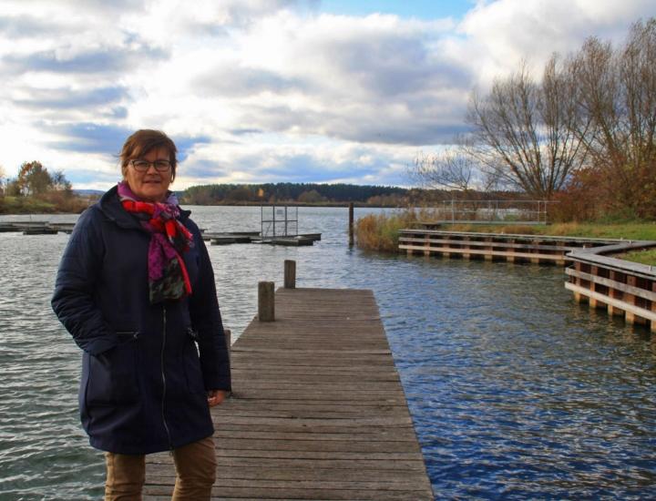 Helga Pfitzinger-Schiele am Altmühlsee