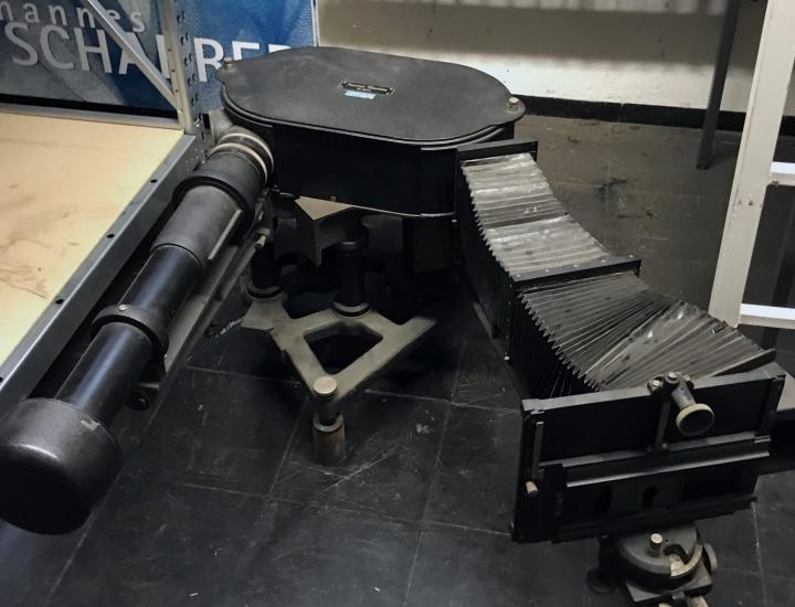 Spektrograf GH Steinheil-München im Archiv der Technischen Hoschschule Nürnberg (Foto: Ronja Dörr)